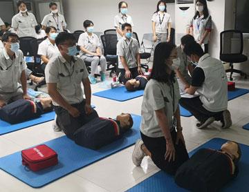 """美国心脏协会""""HeartSaver""""国际急救员培训课程"""